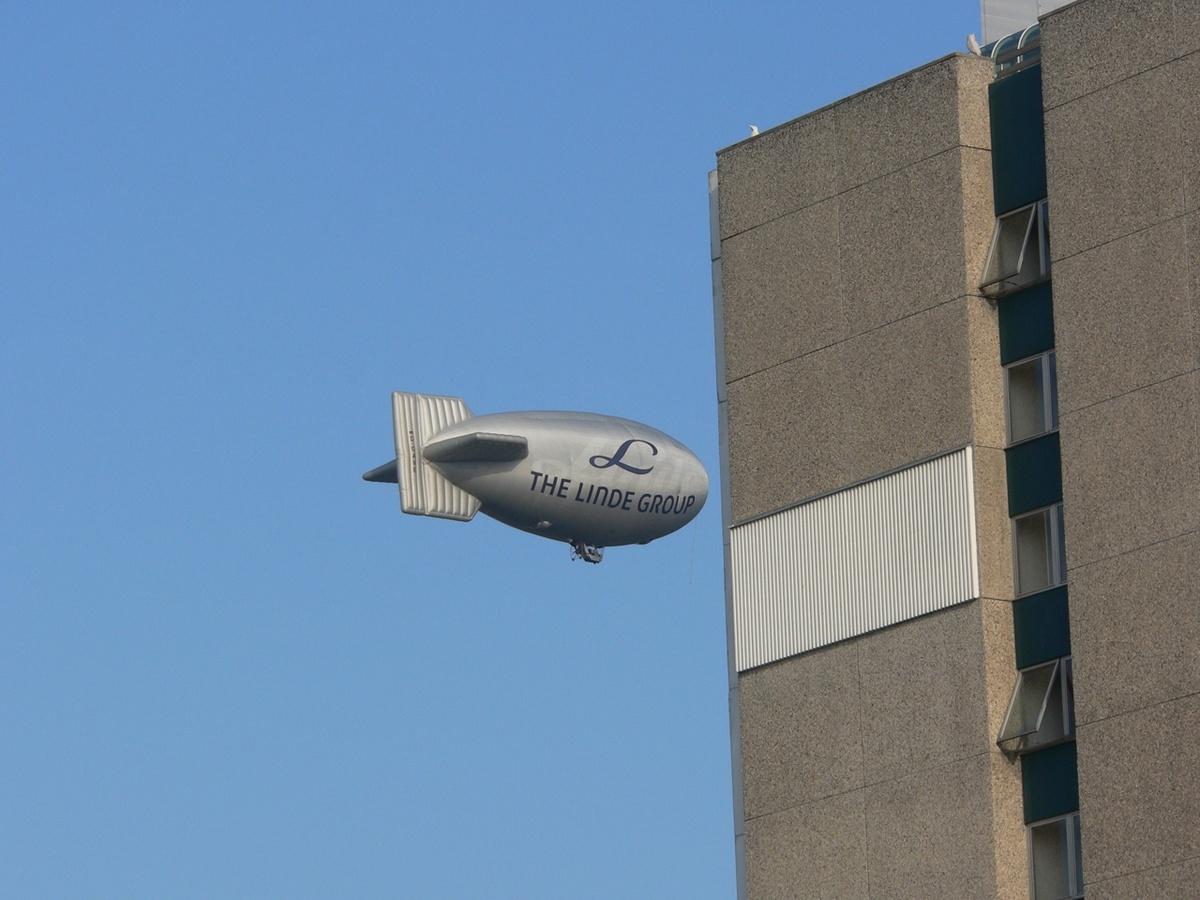 Zeppelin auf Fehlkurs