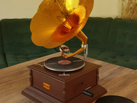 Grammophon1
